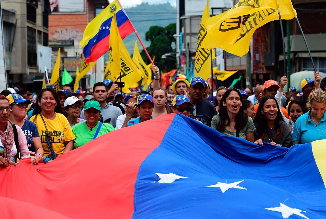 venezuelan people 2020 - HD1280×860